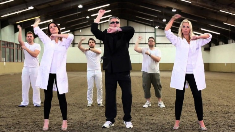 Gangnam Style improves school's GCSE results